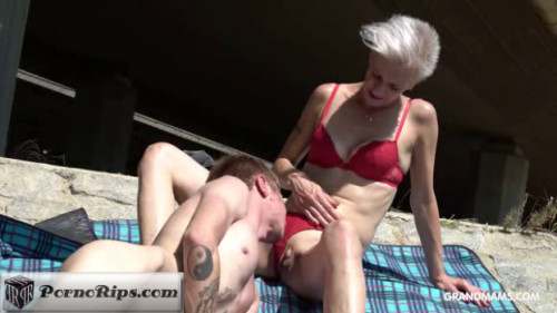 grandmams-18-12-04-blond-gilf-sucking-off-her-stepson.png