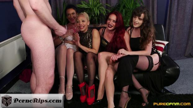 purecfnm-18-12-07-diverse-stacey-ella-bella-katie-olsen-and-romana-ryder-our-old.jpg