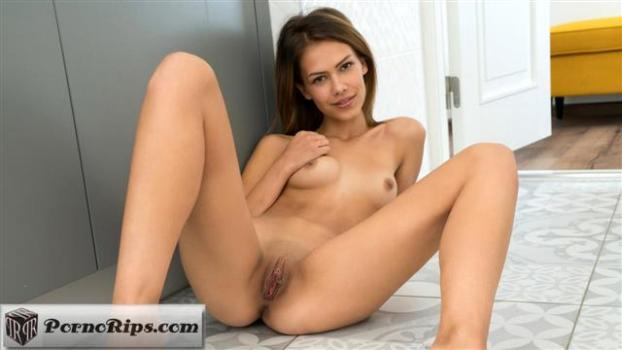 nubiles-18-12-18-laura-angelina-pure-perfection.jpg