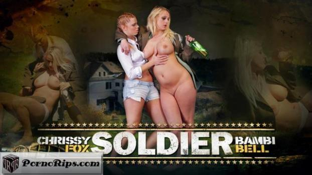 mmpnetwork-19-01-30-chrissy-fox-and-bambi-bell-soldier.jpg