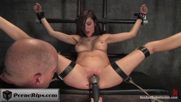 sexandsubmission_-_princess_donna_dolore_princess_of_kink_00_44_09_00019.jpg