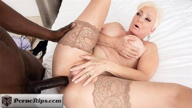 pornmegaload-19-03-28-seka-black-its-big-its-black-and-its-cumming-in-sekas-ass.jpg