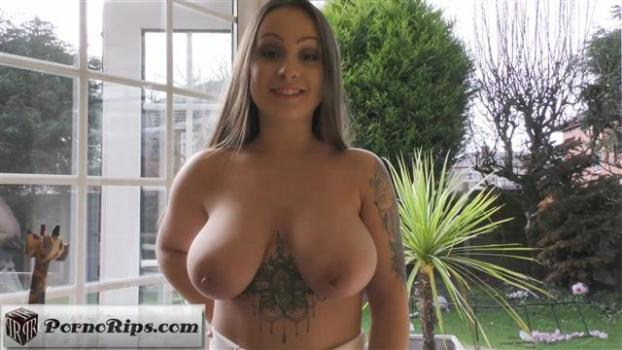 cosmid-19-03-11-tiana-alisha-first-video.jpg