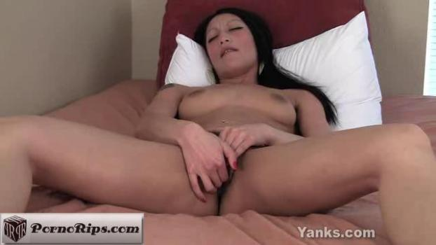 yanks-19-03-17-rosalee-is-multi-orgasmic.jpg