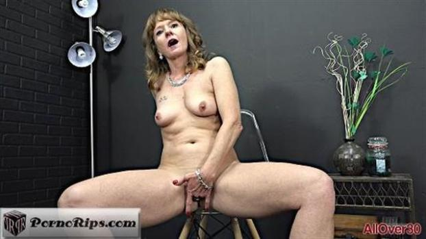 allover30-19-07-19-cyndi-sinclair-mature-pleasure.jpg