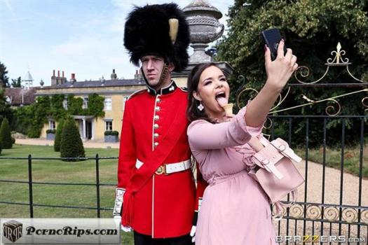 brazzersexxtra-19-10-12-sofia-lee-stroking-the-guards-post.jpg