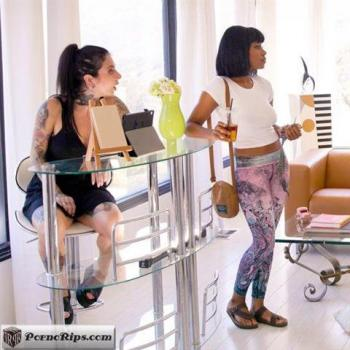 allgirlmassage-19-10-14-jenna-foxx-and-liv-wild-have-you-seen-my-clothes.jpg