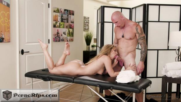 fantasymassage-moka-mora-mom-daughter-massage-swap-part-1_00_10_20_00006.jpg