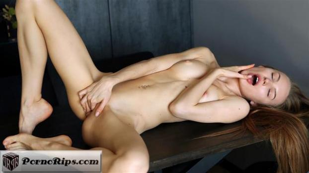 nubiles-19-10-14-jolie-a-while-you-watch.jpg