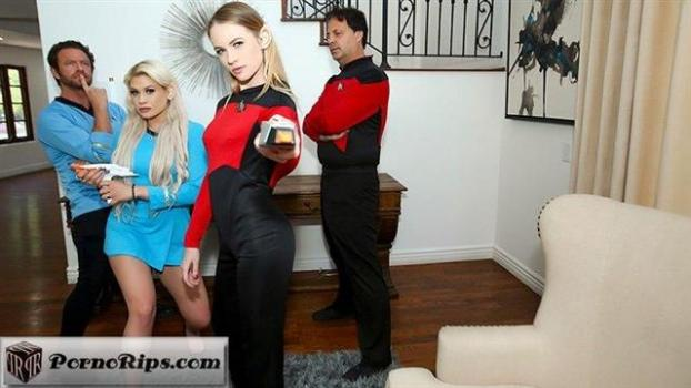 daughterswap-19-12-03-riley-kay-and-violet-storm-live-long-and-suck-sci-fi-dick.jpg