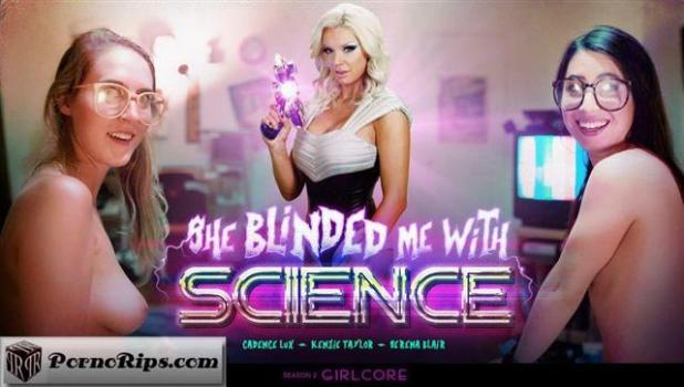 girlcore-s02e03-she-blinded-me-with-science.jpg