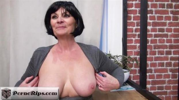 jacquieetmicheltv-20-02-16-salome-57-years-old-french.jpg
